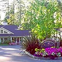 Aspen Creek - Kirkland, Washington 98033
