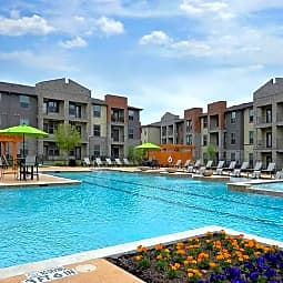 RADIUS AT SHADOW CREEK RANCH LLC - Pearland, Texas 77584