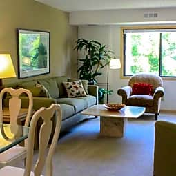 Olympic Ridge Apartments - Spacious with Garages! - Eden Prairie, Minnesota 55347