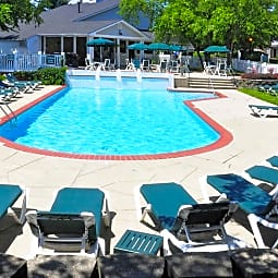 Polo Club - Strongsville, Ohio 44136