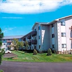 Prairie Landing Apartments - Sharon, Wisconsin 53585