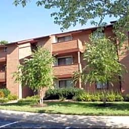 Woodleaf Apartments - Silver Spring, Maryland 20904