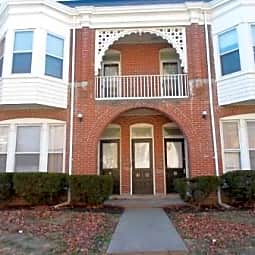 Summit Place Apartments - Saint Joseph, Missouri 64501