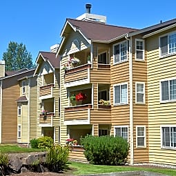 Bay Court at Harbour Pointe - Mukilteo, Washington 98275