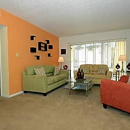 Ascott Place Apartments - Tampa, Florida 33613