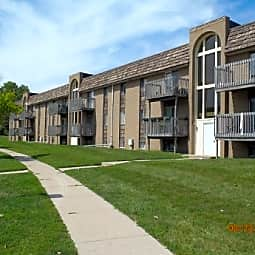 Devonshire Apartments - Toledo, Ohio 43612