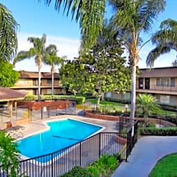 Huntington Highlander - Huntington Beach, California 92647