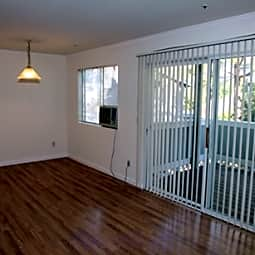 Parkway Place Apartments - Vallejo, California 94591