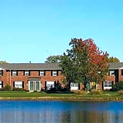 Bradford Lake Apartments - Indianapolis, Indiana 46227