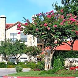 Waters Edge - Plano, Texas 75024