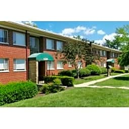 Park Shirlington Apartments - Arlington, Virginia 22206