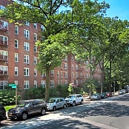 Fairfield Manor at Douglaston - Douglaston, New York 11363