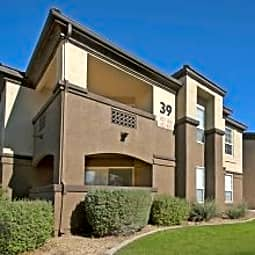 Tamarron Apartments - Phoenix, Arizona 85037