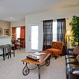 Saddle Creek Apartments - Austin, Texas 78748