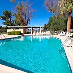 Lakewood Townhomes - Tucson, Arizona 85706