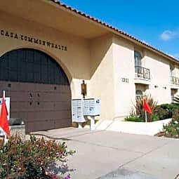 Casa Commonwealth - Fullerton, California 92831