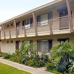 Pacifica Apartments - Costa Mesa, California 92627