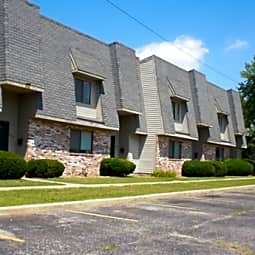 Mill Creek Apartments - Elkhart, Indiana 46514