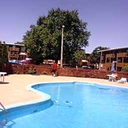 Lincolnshire West Apartments - Dekalb, Illinois 60115