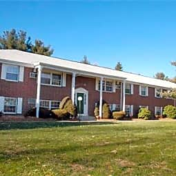 Northboro Village Apartments - Northborough, Massachusetts 1532