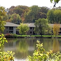 Fox Shores Apartments - Kaukauna, Wisconsin 54130