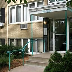 English Street Apartments - Saint Paul, Minnesota 55106
