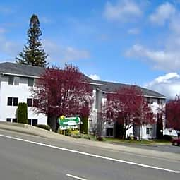 Parkview Apartments - Salem, Oregon 97304