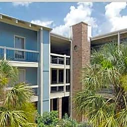 Castille Severn Apartments - Metairie, Louisiana 70002
