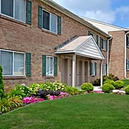 Marchwood Apartments - Exton, Pennsylvania 19341