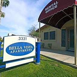 Bella Vista - Phoenix, Arizona 85009
