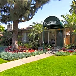 Walnut Park Apartment Homes - Anaheim, California 92802
