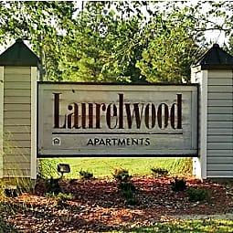 Laurelwood Apartments - Laurel, Mississippi 39440