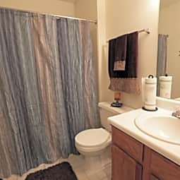 Hunters Point Apartments - Zionsville, Indiana 46077