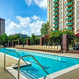 Riverside Apartments - Alexandria, Virginia 22303