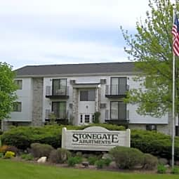Stonegate Apartments - Kenosha, Wisconsin 53142