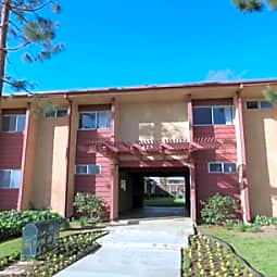 Sun Valley Apartments - Ramona, California 92065