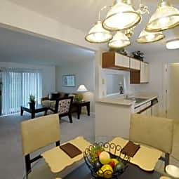 Mill Creek Apartments - Kalamazoo, Michigan 49009