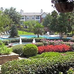 Grand Courtyards - Grand Prairie, Texas 75052