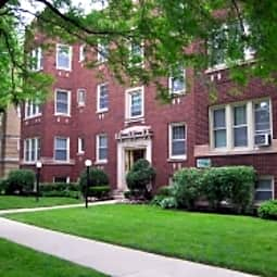 130-142 N. Humphrey - Oak Park, Illinois 60302