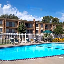Wheelock Parkway Apartments - Saint Paul, Minnesota 55117