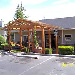 Maple Pointe Apartments - Burien, Washington 98148