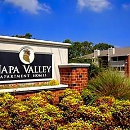 Napa Valley Apartments - Little Rock, Arkansas 72211