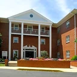River Place Apartments - Oshkosh, Wisconsin 54901