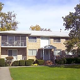 Clover Park Apartments - Rochester, New York 14618