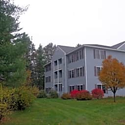 Hollis Commons - Concord, New Hampshire 3301