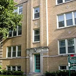 1723 West Thorndale Apartments - Chicago, Illinois 60660