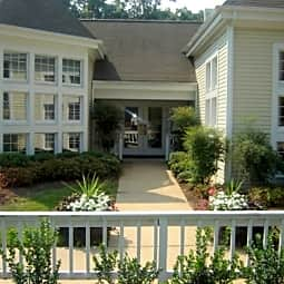 Ashton Creek Apartments - Chester, Virginia 23831