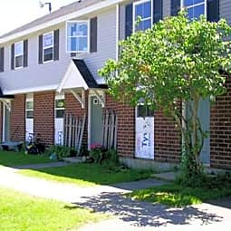 Glenridge Gardens Apartments - Augusta, Maine 4330