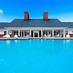 Harbour Breeze Lifestyle Apartments - Suffolk, Virginia 23435