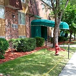 Park Trails Apartments - Zion, Illinois 60099